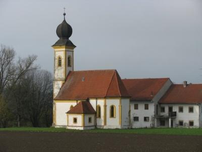 Unterzarnham Kirche