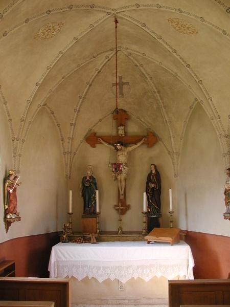 Heilig Kreuz innen