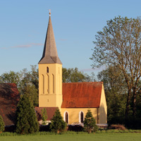 Volkmannsdorf: Kirche Wang