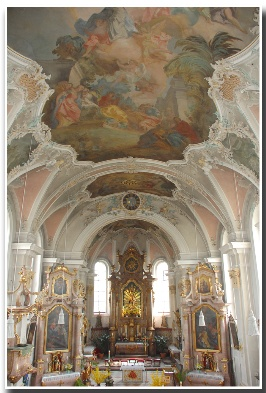 Innenraum Pfarrkirche Mariä Himmelfahrt Bad Aibling