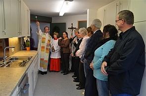 Kirchliche Segnung der Pfarrsaalküche in St. Albertus Magnus