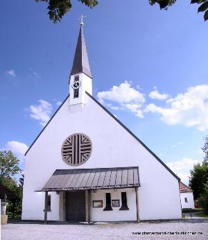 Pfarrkirche Schwindegg Aussenansicht