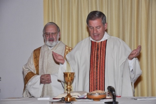 inks Diakon J. Eixenberger re Pfarrer Strobl (320x213)