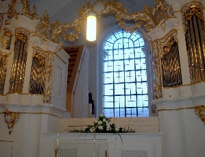 Orgel in Pfarrkirche St. Peter und Paul in Rott am Inn