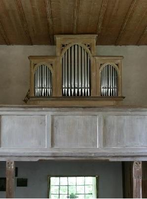 Orgel der Nebenkirche St. Georg am Weinberg in Schliersee