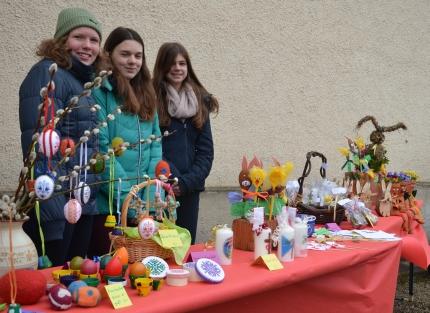 2015 Firmung Basteln für den Osterbazar 03_430