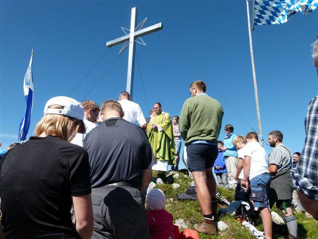 Oberau,Heldenkreuz