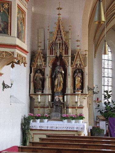 Seitenaltar Kirche Neufarn