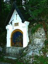 Kettenkapelle<br/>Ansicht v. rechts<br/>19.7.2003 Sr. Eva Maria