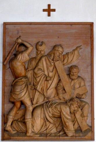 7. Station - Jesus fällt zum 2. Mal unter dem Kreuz Pfarrkirche Palling