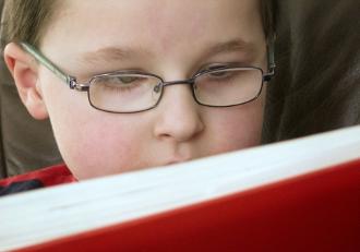Kind Lesend