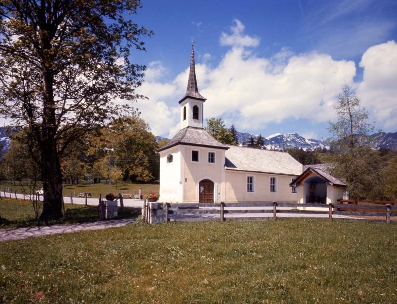 Loipl Kirche