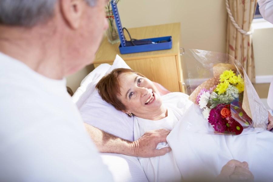 Besuch und Trost am Krankenbett