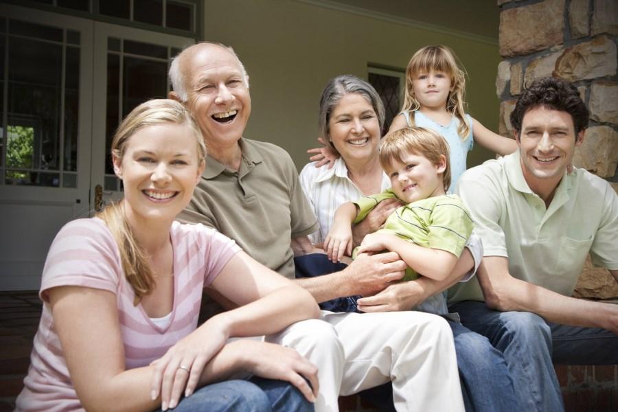 sympathische Großfamilie