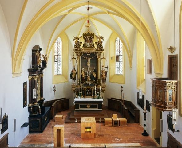 Kirche-innen-rechts