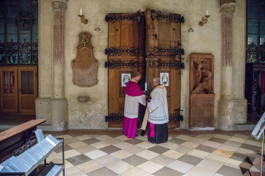 Schließung der Hl. Pforte in St. Martin Landshut