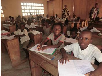 Kinder in der Schule in Lome