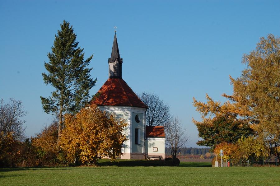 Filialkirche St. Georg, Niederpframmern