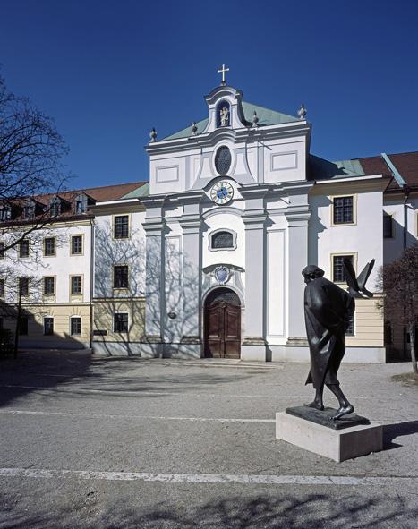 St-Anna avec statue de St. François