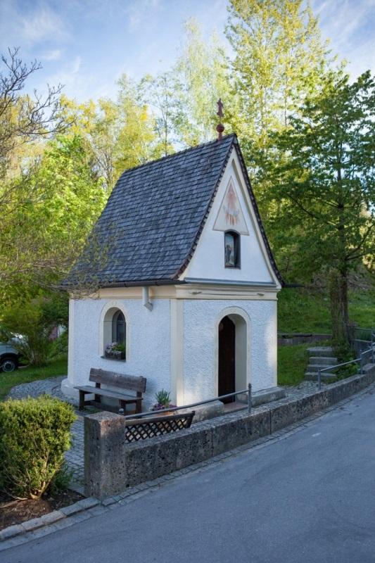Leonhardspfunzen Brunnenkapelle zur hl. Maria und zum hl. Leonhard Außenansicht
