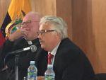 Kardinal Marx und Hans Tremmel bei Diskussion in der Päpstlichen Katholischen Universität Quito
