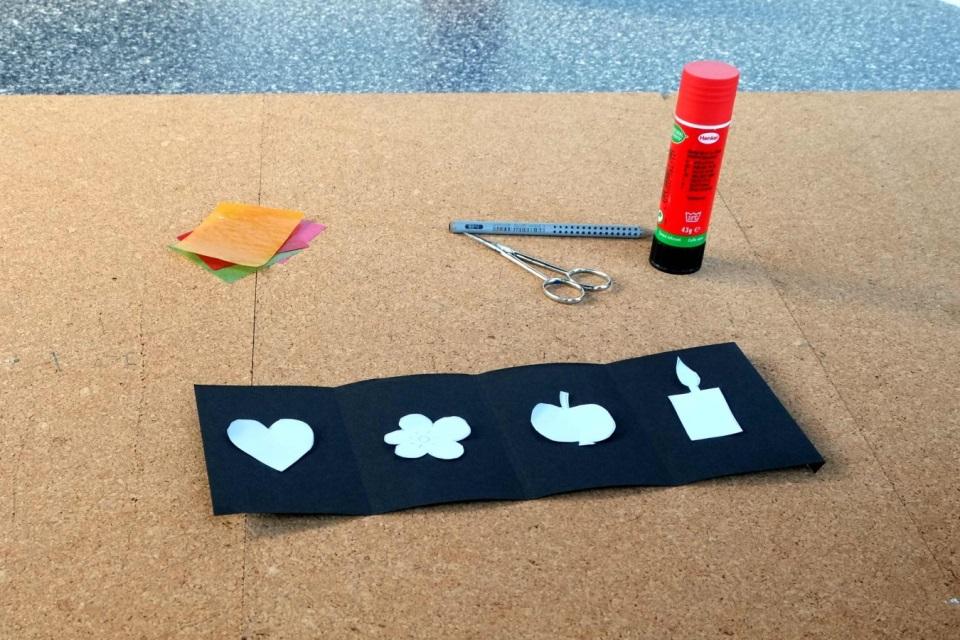 Laterne basteln Vorlagen auf Tonpapier übertragen
