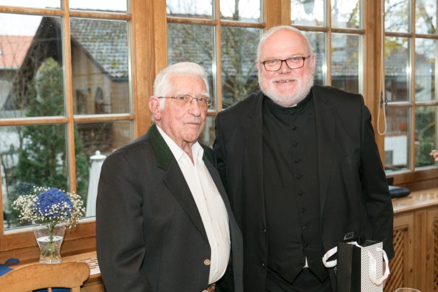 Kardinal Marx gratuliert Pfarrer Robert Berger zum 100. Geburtstag