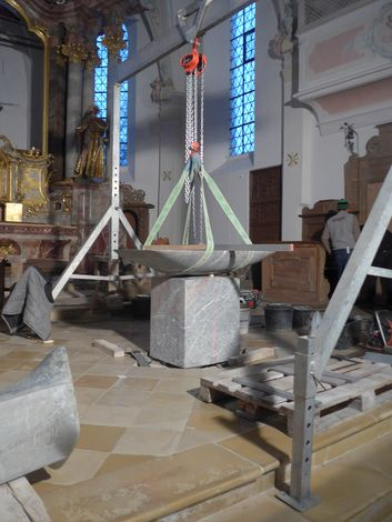 Altareinbau