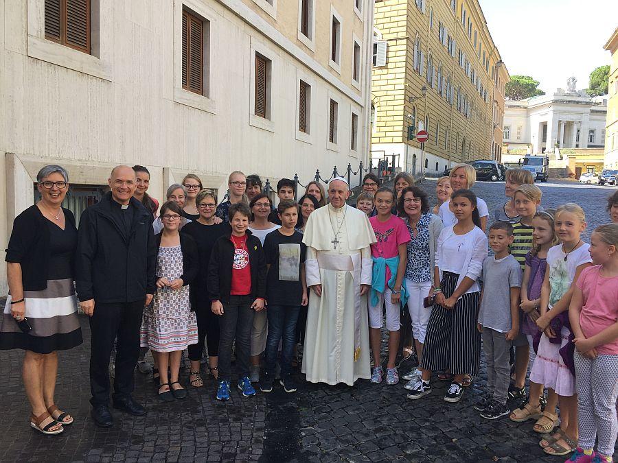 Alleinerziehende treffen Papst Franziskus