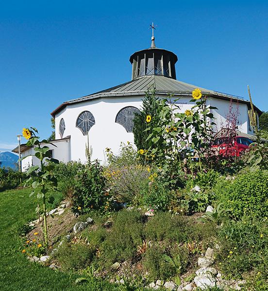 Schöpfungsgarten in der Pfarrei Heilig Kreuz in Traunstein