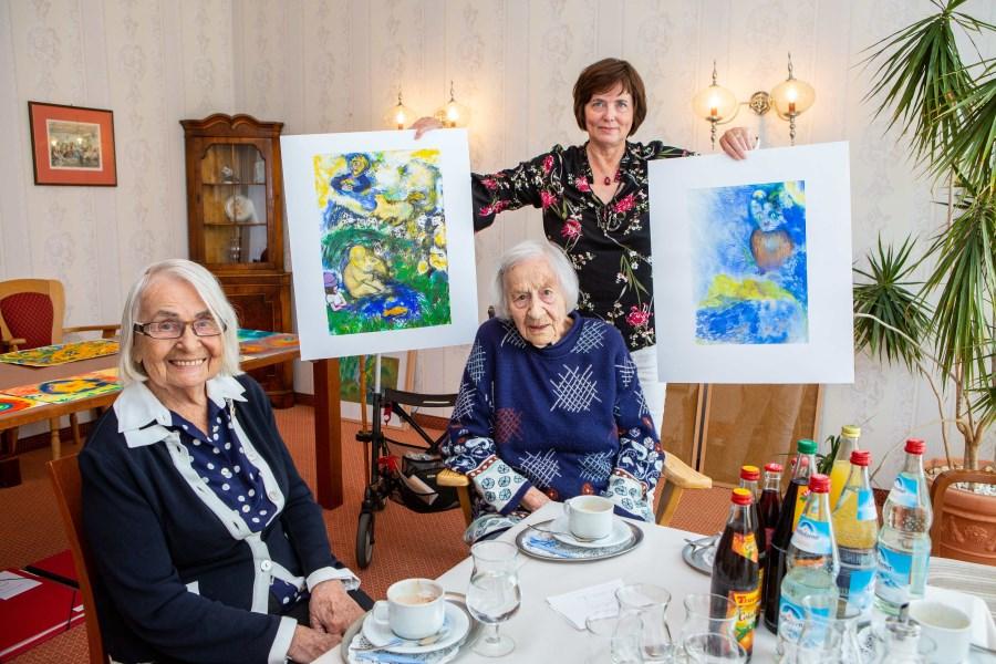 Gruppenfoto v.l.n.r.: Gerda Döring (99), Ingrid Schilling (97) und Angelika Stauber (59)