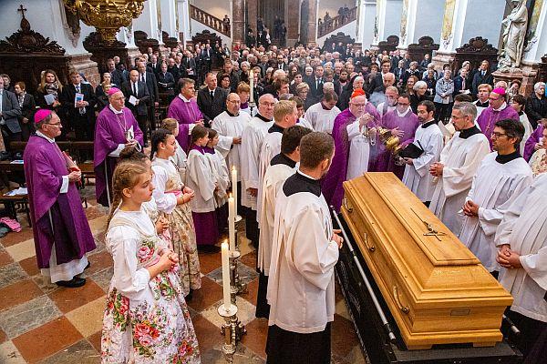 Beisetzung von Weihbischof Siebler in Freising