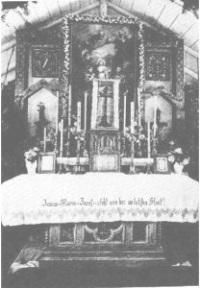 Altar der Notkirche