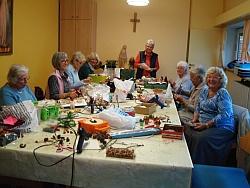 Bastelrunde für Adventsbasar in St. Otto