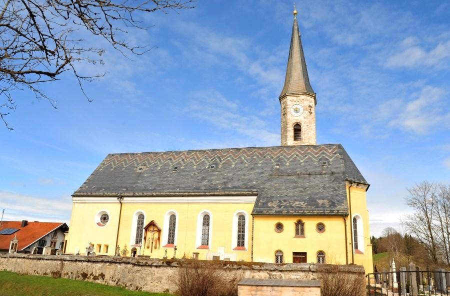 Pfarrkirche Neukirchen