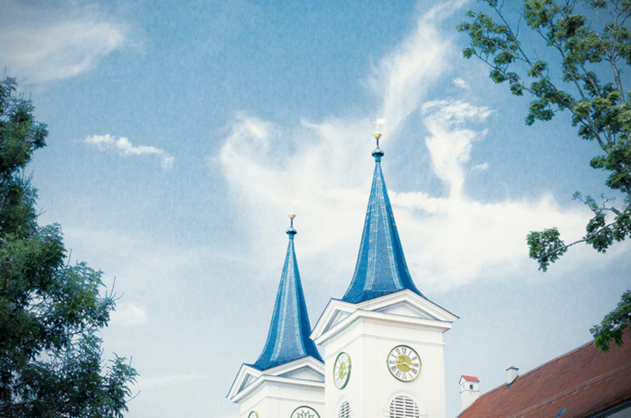 Blick auf Türme des Klosters Tegernsee