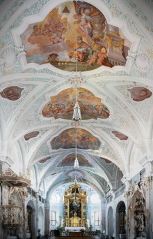 Hauptschiff barocke Klosterkirche