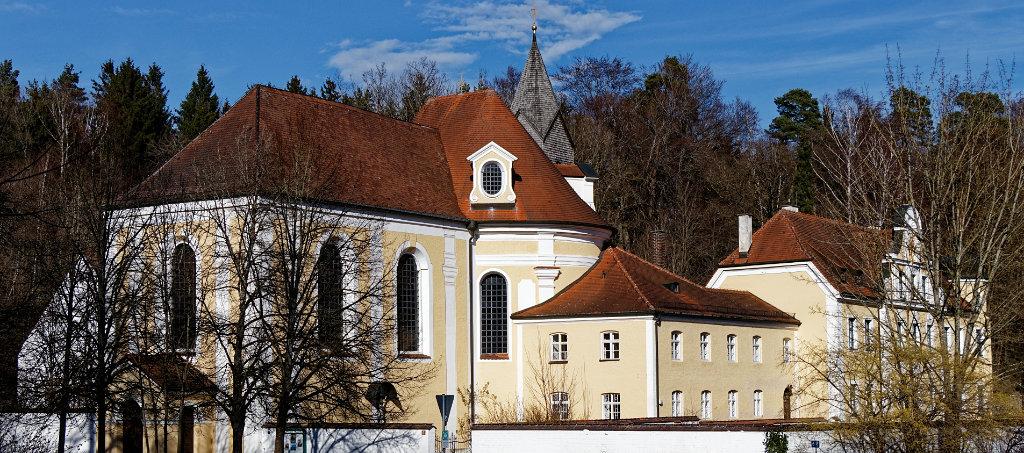 Wieskirche Freising im Frühling