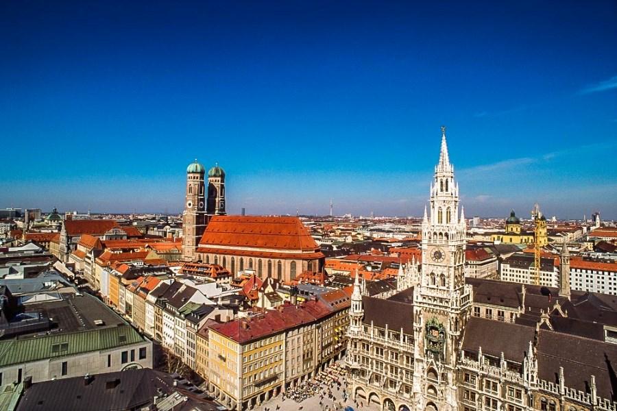 Blick auf Marienplatz, Rathaus, Dom München
