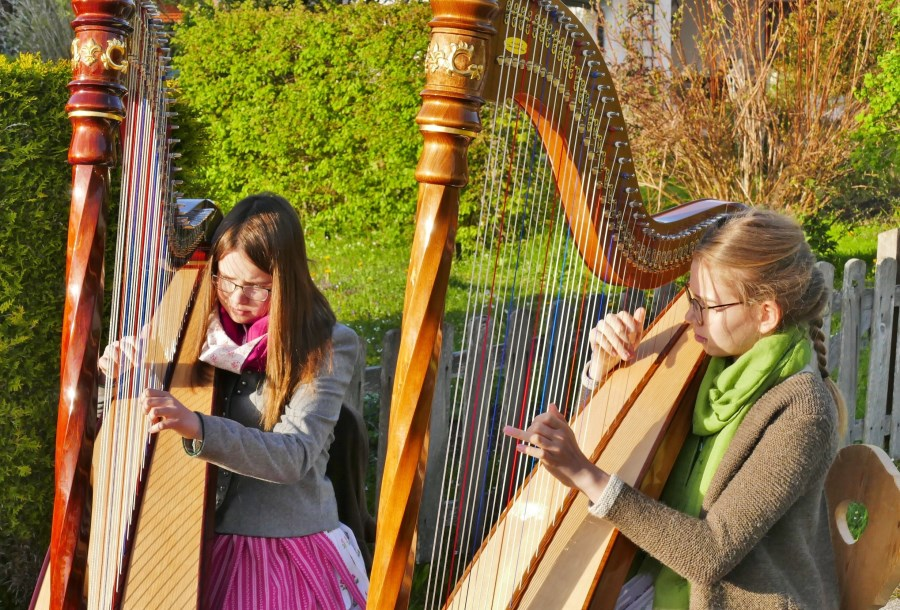 Maiandacht Harfe