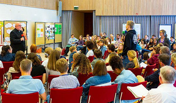 Schüler-Klimagipfel mit Kardinal Marx in Katholischer Akademie