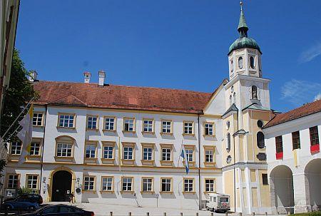 Kardinal Döpfner Haus Freising