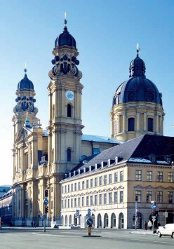 Theatinerkirche 19