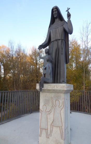 Statue Karolina Gerhardinger