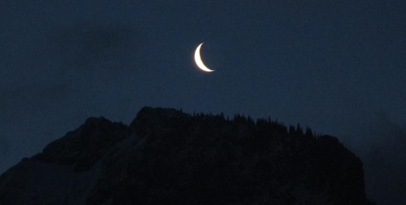 Mond über dem Kampenwandgebiet