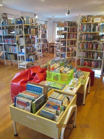 Bücherei Vachendorf