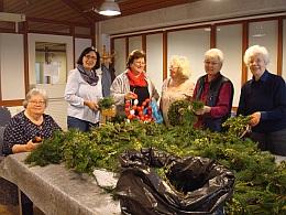 Basar des Frauenkreises am Osterbrunnen
