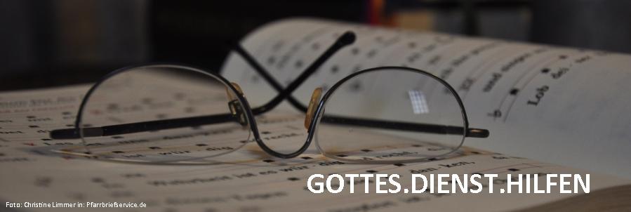 Slider Buch und Brille