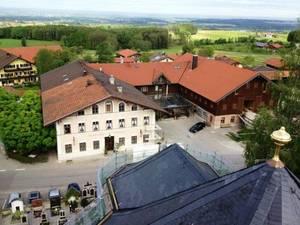 Blick vom Baugerüst 2012 auf das Areal des Gasthaus Hirzinger in Söllhuben