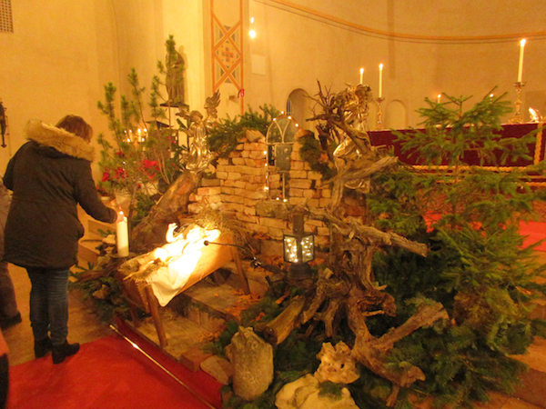 Christmette-2019-das-Licht-von-Bethlehem